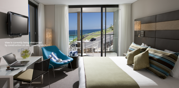 superior-balcony-room-novotel-newcastle-beach-with-text-3-2
